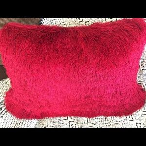 🆕 Throw Pillow by Pier 1, Gorgeous Cheyenne Red